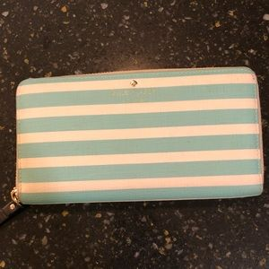 kate spade Bags - Kate Spade Zip Around Wallet!
